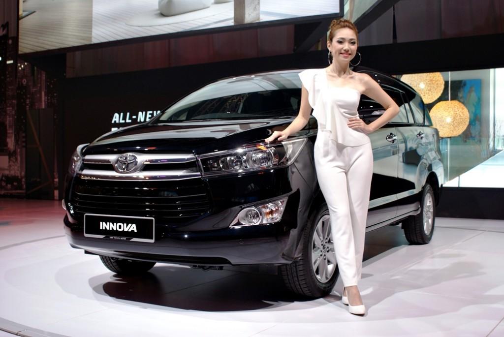Toyota Innova Launch 11