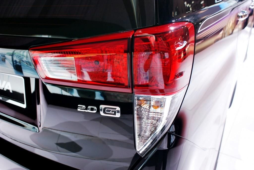 Toyota Innova Launch 12