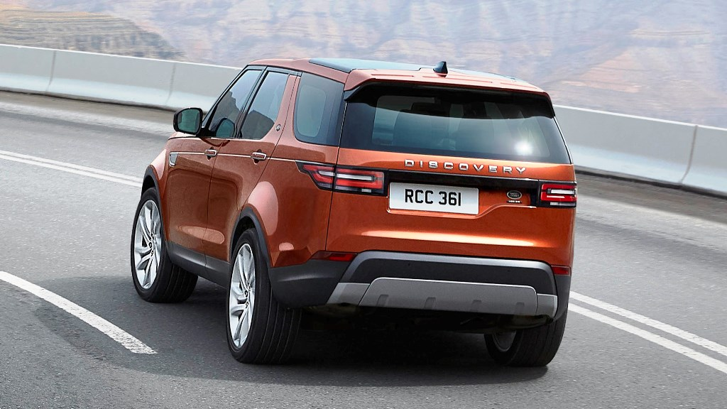 2017 Land Rover Discovery 04