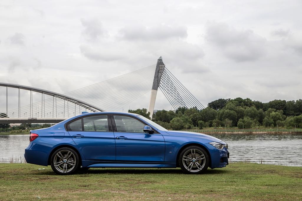 BMW 330e M Sport (1)