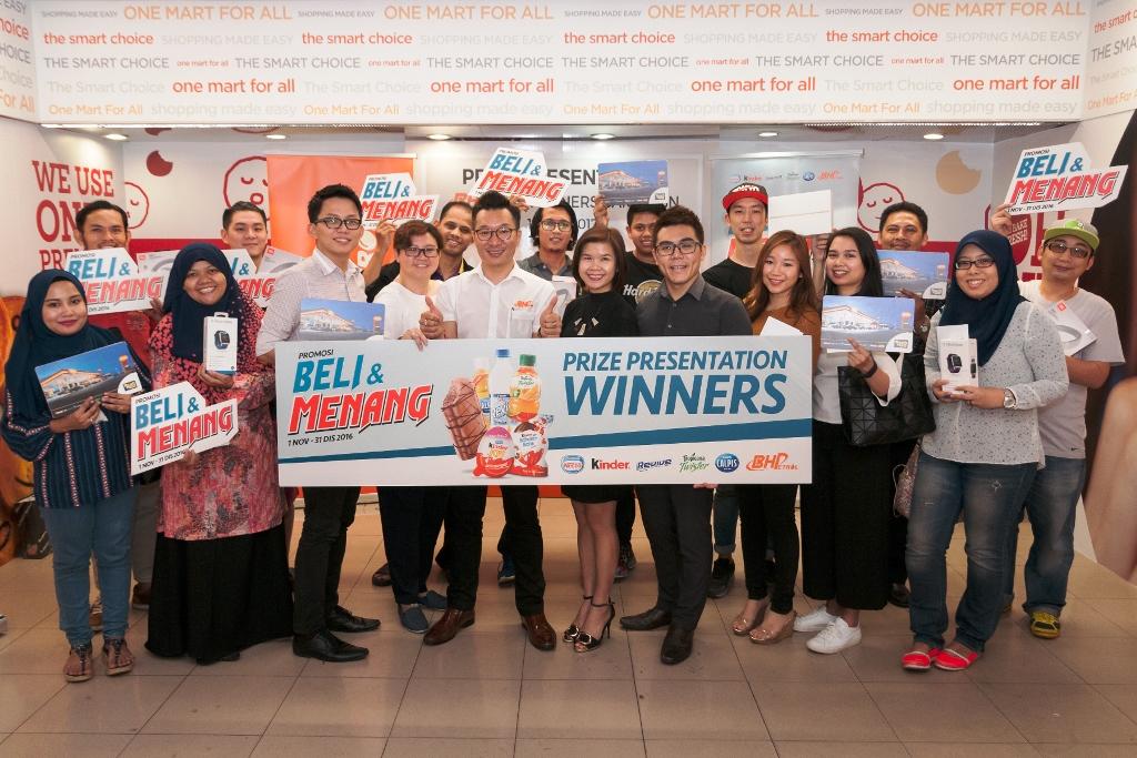 Beli & Menang winners group photo high res.jpg