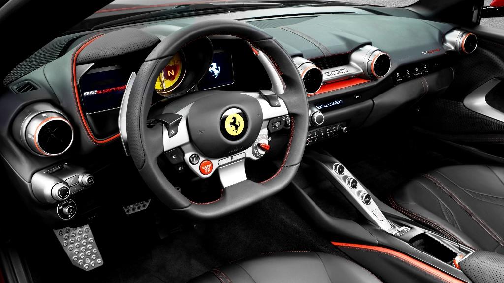 Ferrari 812 Superfast 03