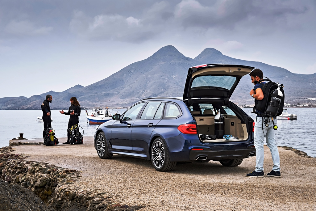 P90245016_highRes_the-new-bmw-5-series