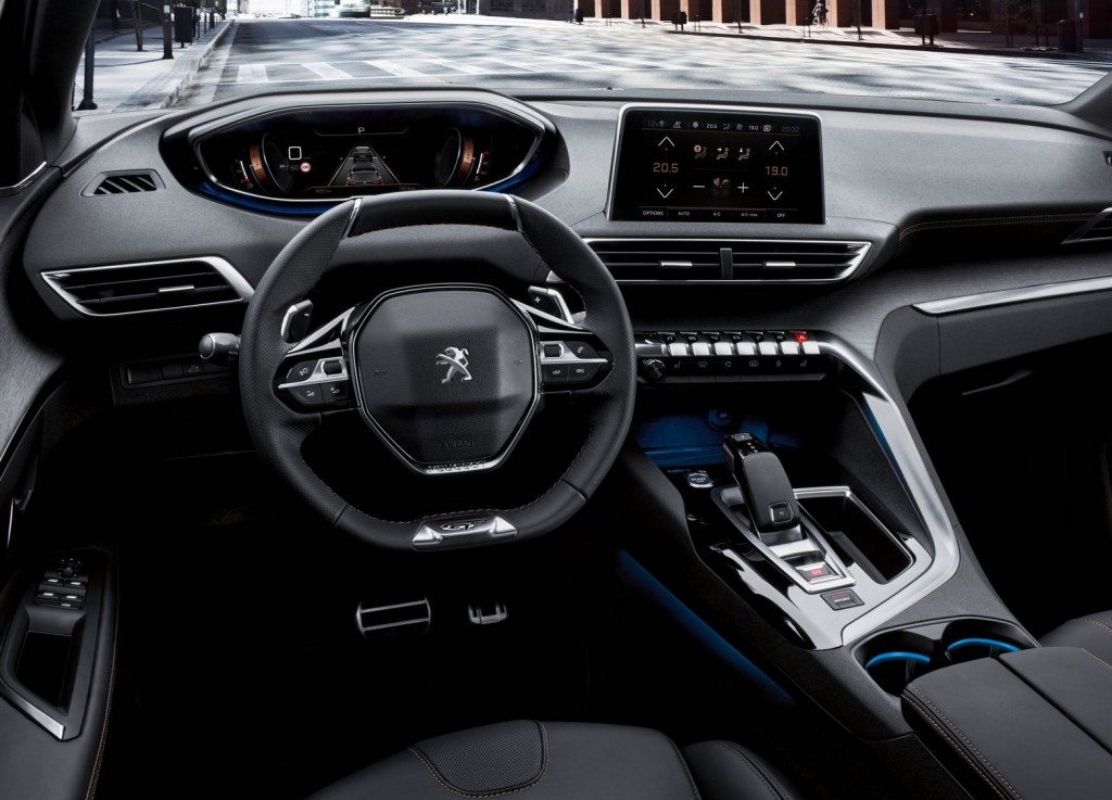 Peugeot-5008-2017-5