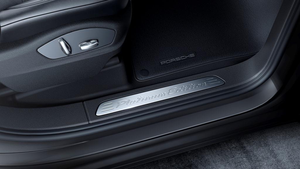 Porsche Cayenne Platinum Edition 07