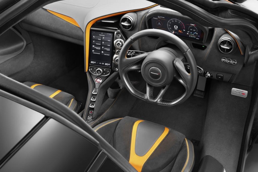 7525-McLaren+720S-26-Interior