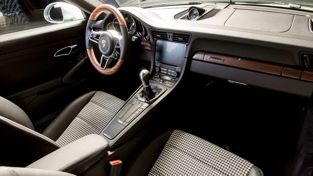 1103165-one-millionth-911-911-carrera-s-kit-2017-porsche-ag-1