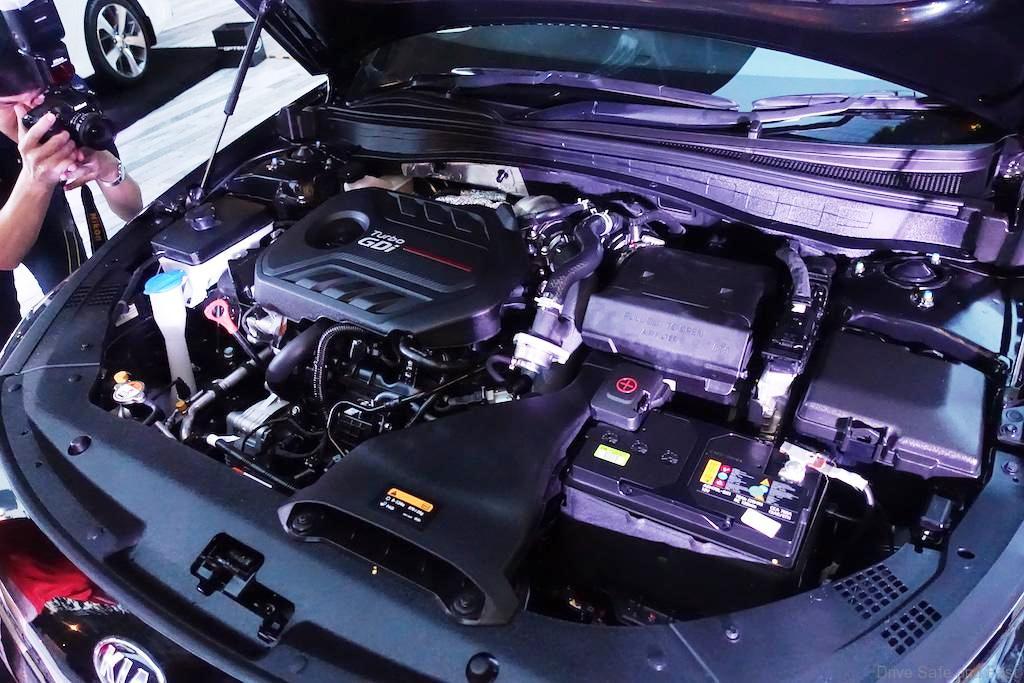 Kia-Optima-GT-4