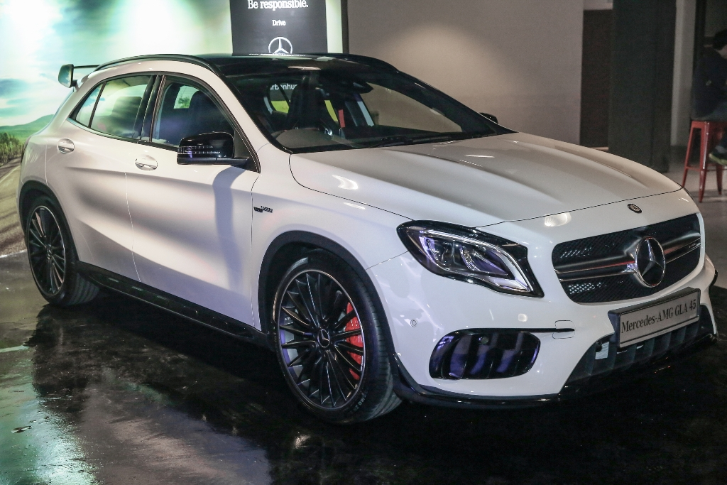 Mercedes-AMG GLA 45 4MATIC (3)