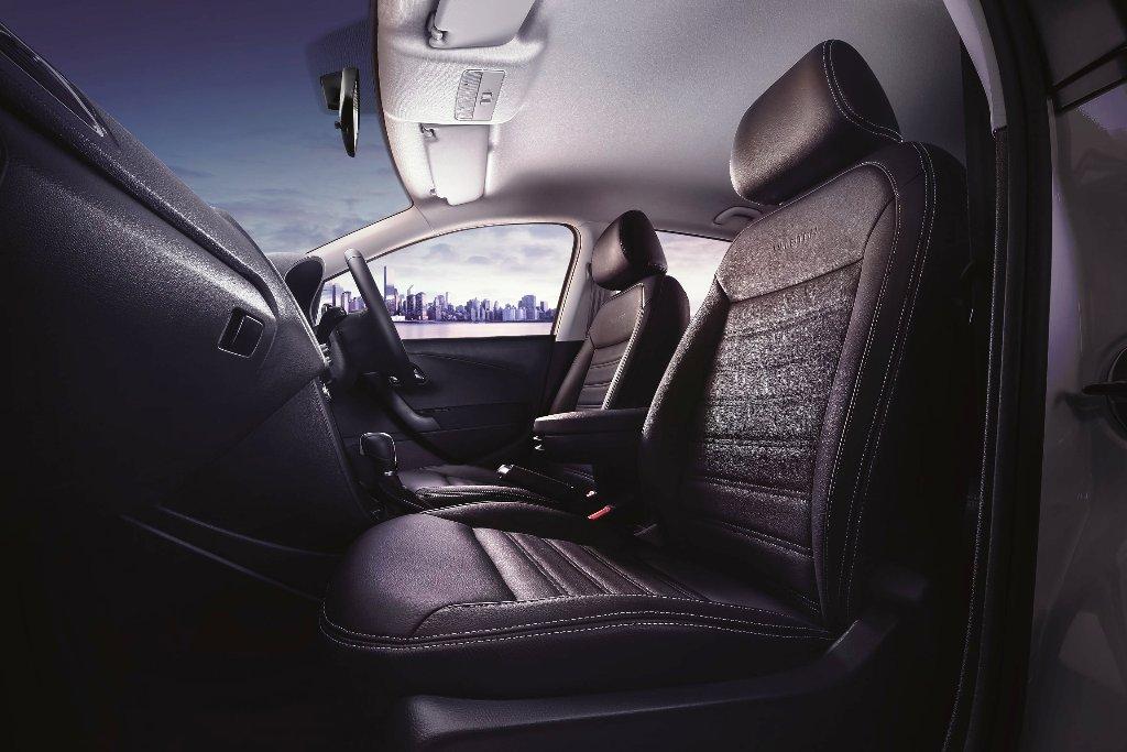 Polo Allstar Leather Seats edited_01ƒ