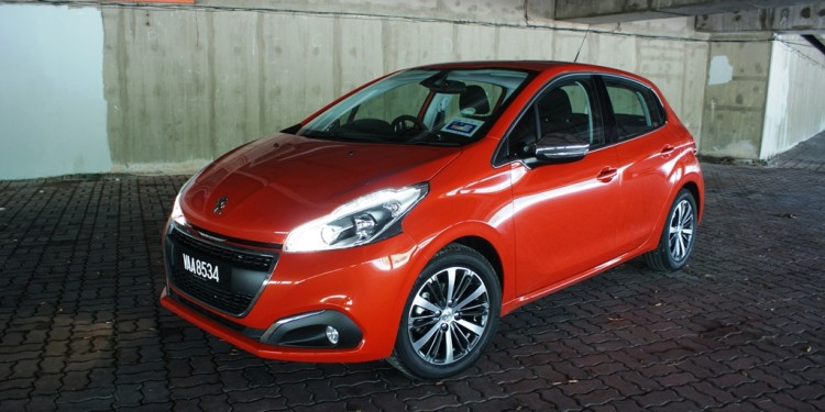 Peugeot 208 PureTech Review 06