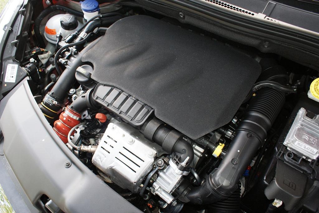 Peugeot 208 PureTech Review 23