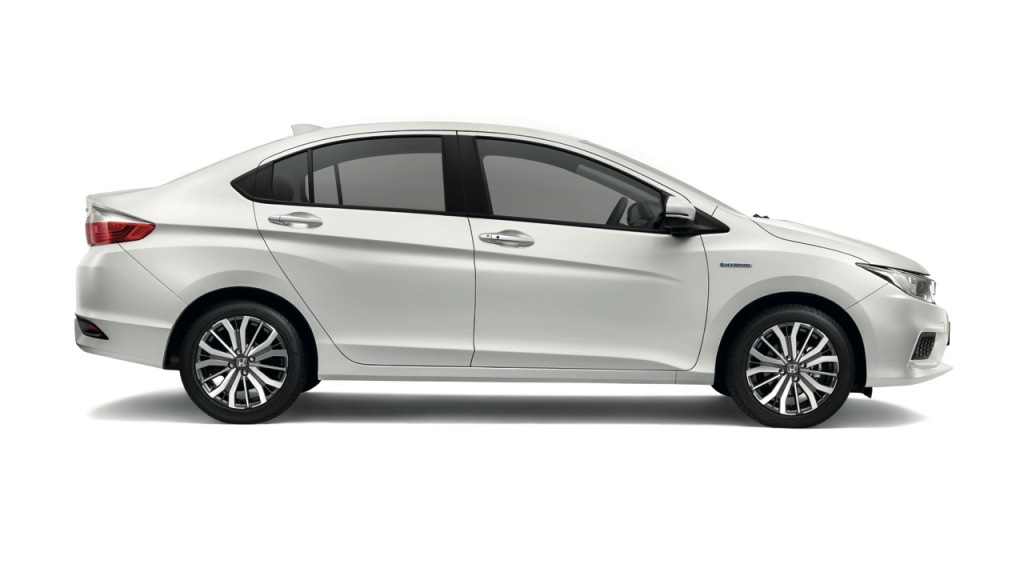 02 The New City Hybrid is powered by a 1.5L DOHC i-VTEC engine combined with 7-Speed Dual Clutch Transmission (DCT) with Integrated High Power Motor