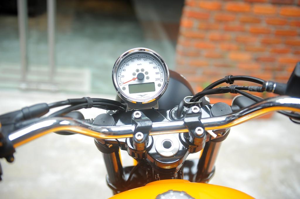Moto Guzzi Malaysia 03