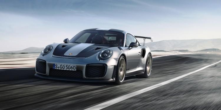 Porsche 911 GT2 RS 01
