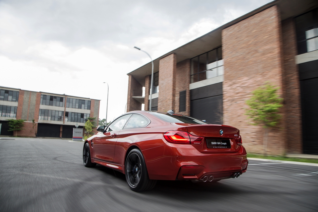 The New BMW M4 Coupé (8)