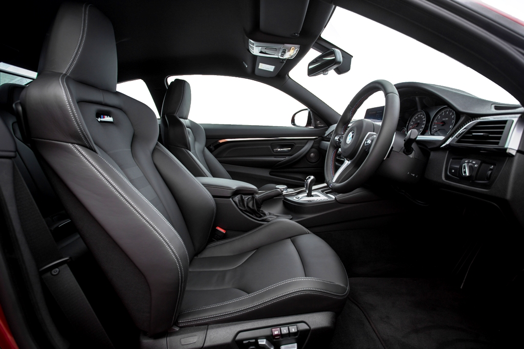 The New BMW M4 Coupé (9)
