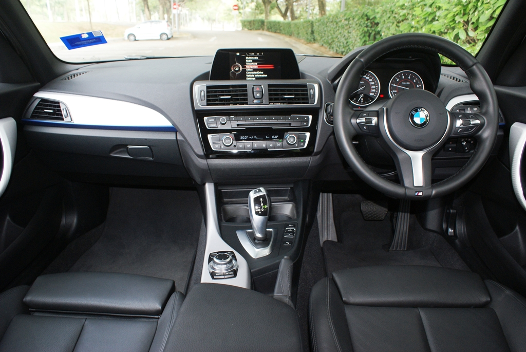 BMW 118i M Sport Review 11