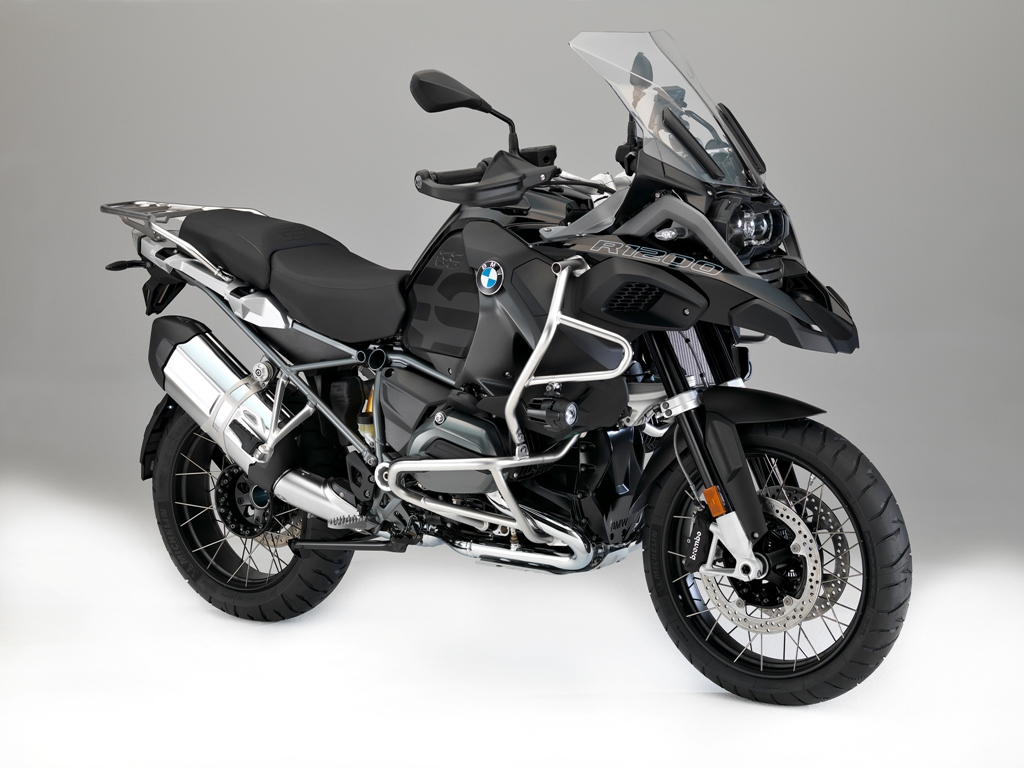 BMW R 1200 GS Adventure Triple Black_01