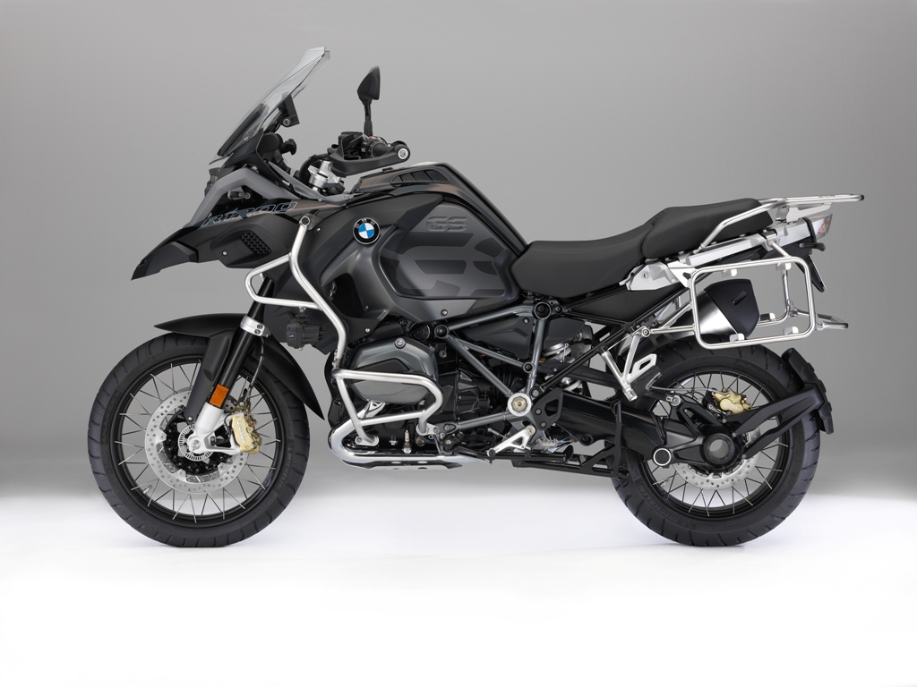 BMW R 1200 GS Adventure Triple Black_02