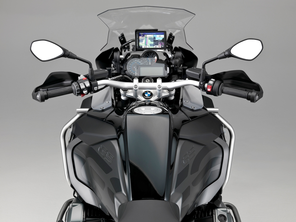 BMW R 1200 GS Adventure Triple Black_03