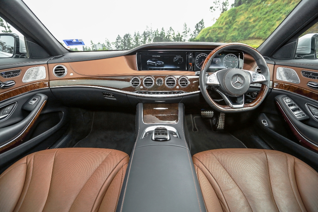 Mercedes-Benz S 400 h AMG Line (17)