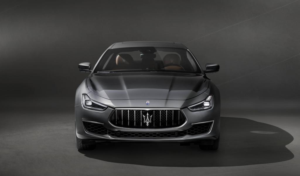 Small-13240-MaseratisvelaleprimeimmaginidellanuovaGhibliGranLusso