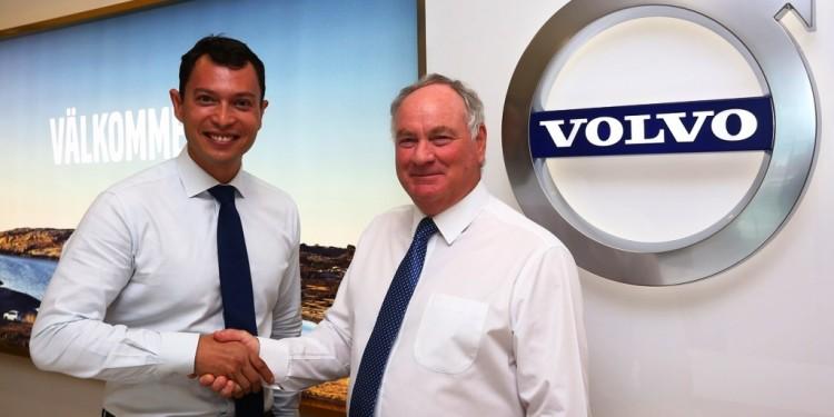 VCM MD Lennart Stegland (R) and SISMA Auto MD Syed Khalil Syed Ibrahim