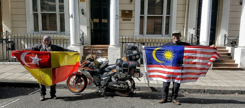 2017-Honda-RS150R-honeymoon-ride-Mohd-Alfishahrin-and-Diana-Latief_3