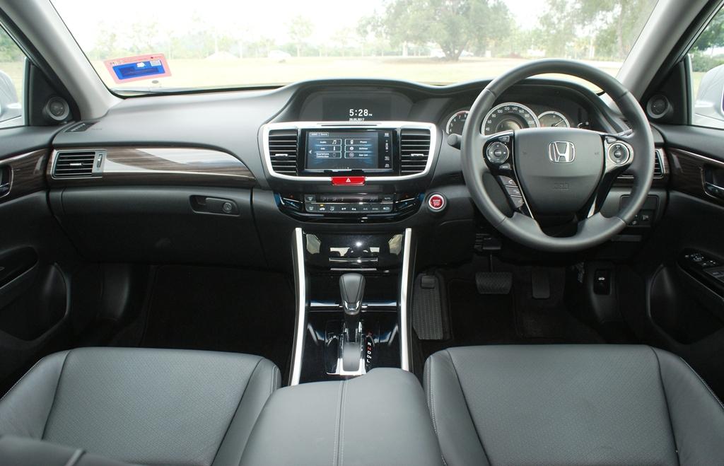 Honda Accord Review 12