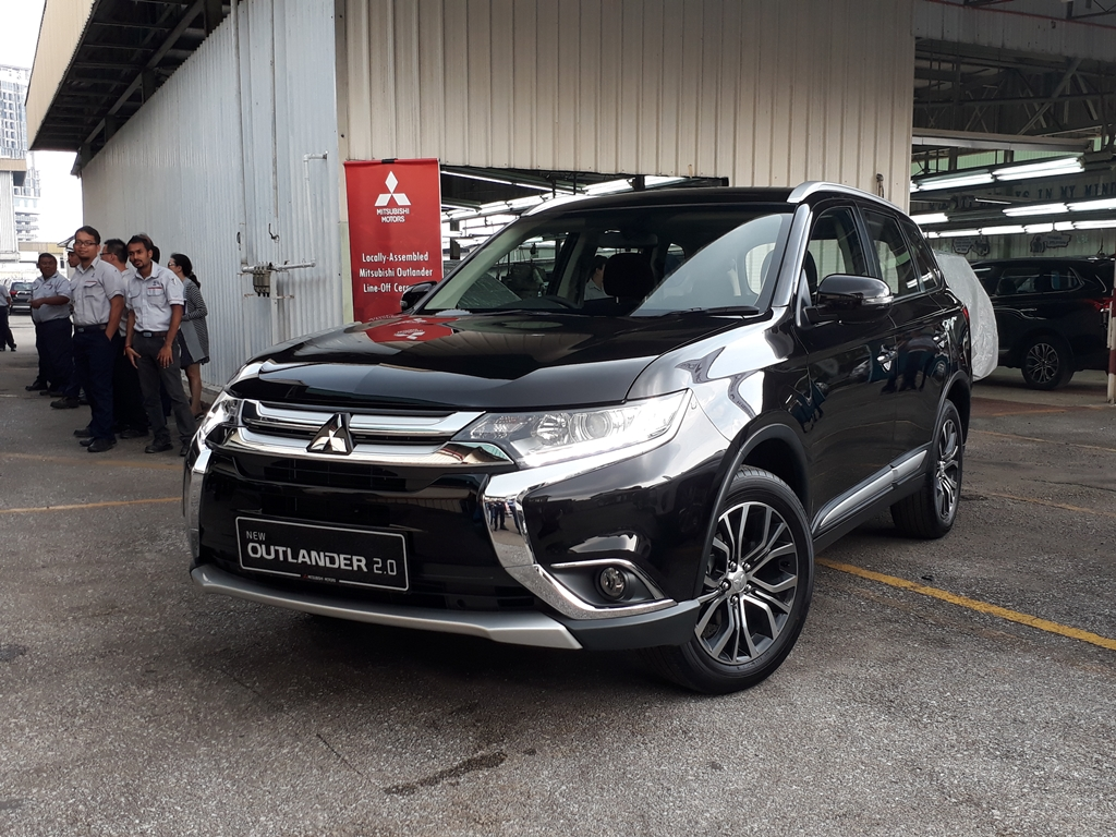 Mitsubishi Outlander CKD Launch 10