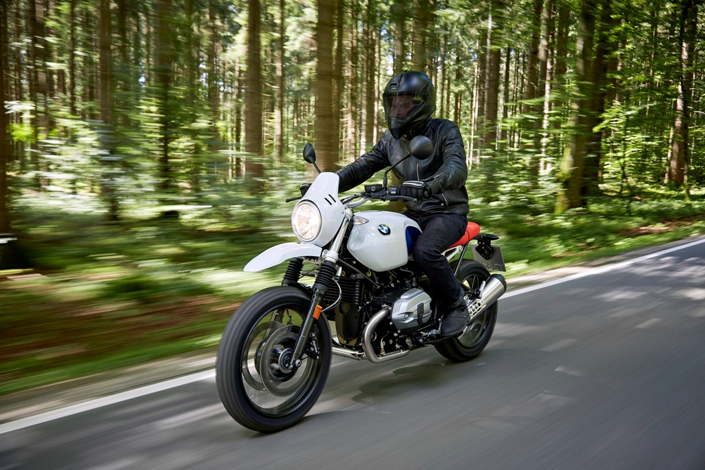 P90235430_highRes_the-new-bmw-r-ninet-