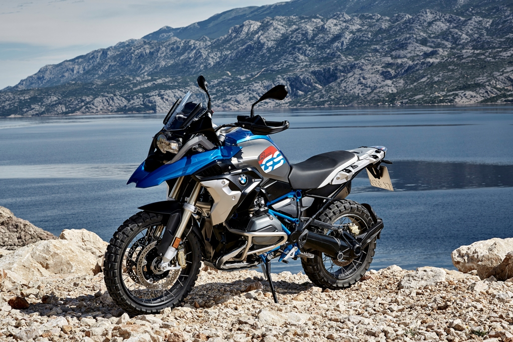 P90235676_highRes_the-new-bmw-r-1200-g