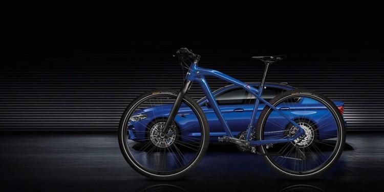 P90276491_highRes_bmw-m-bike-limited-c