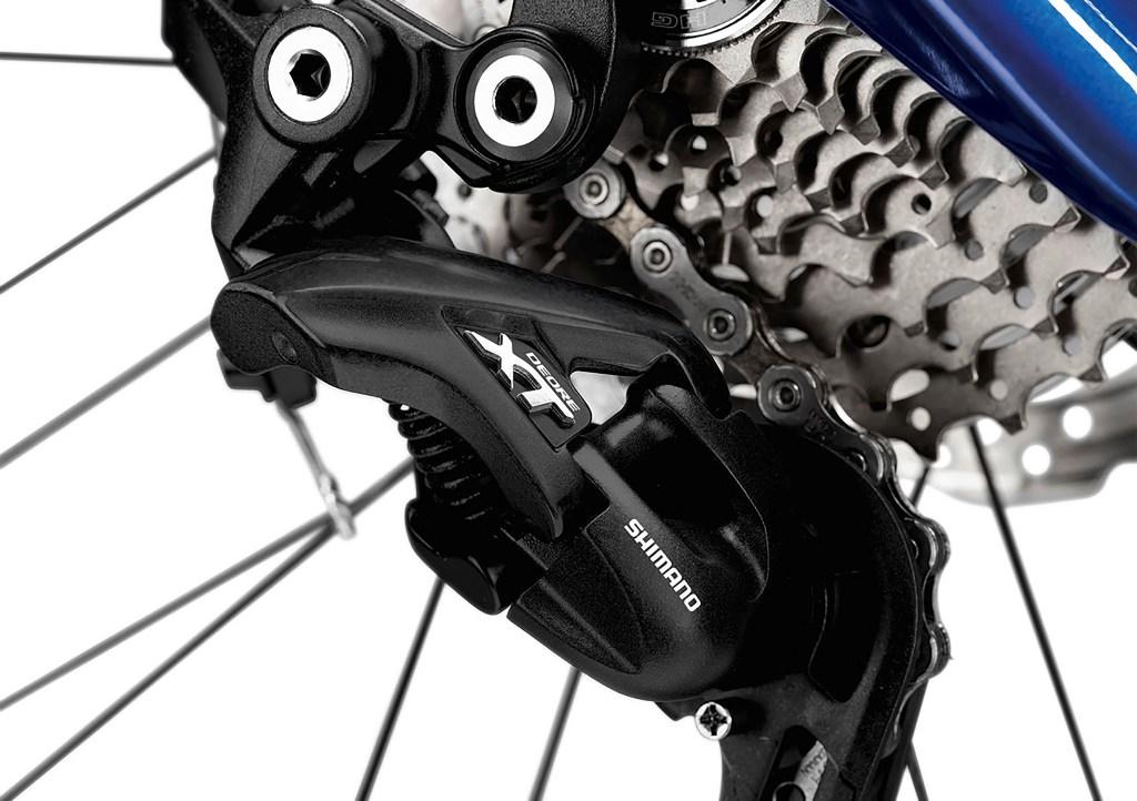 P90276495_highRes_bmw-m-bike-limited-c