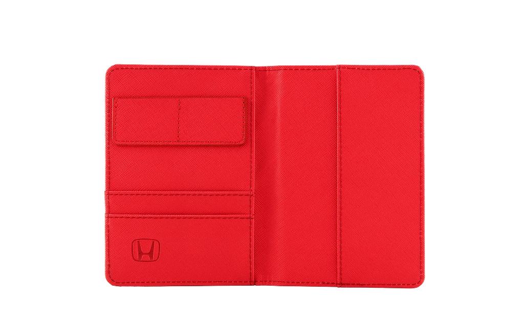 12_1 New Honda Merchandise_Leather Passport Holder_interior