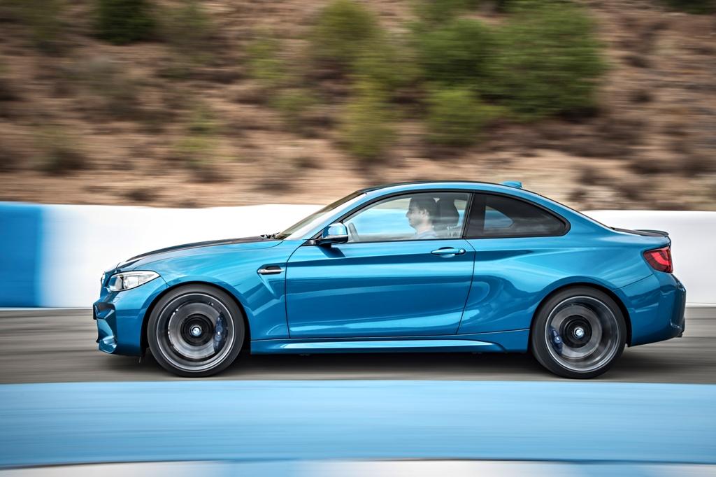 BMW  (2) (1)