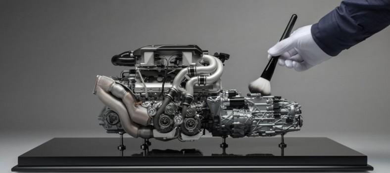 Bugatti Chiron engine 01