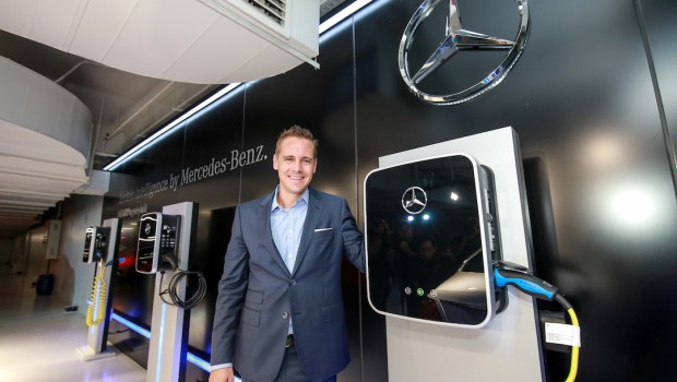 Mercedes-Benz-E-350-e-Efficiency-Drive_20171024-17-620x350