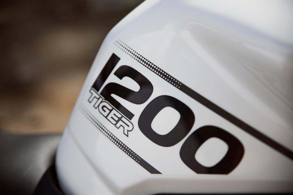 Triumph Tiger 1200 03