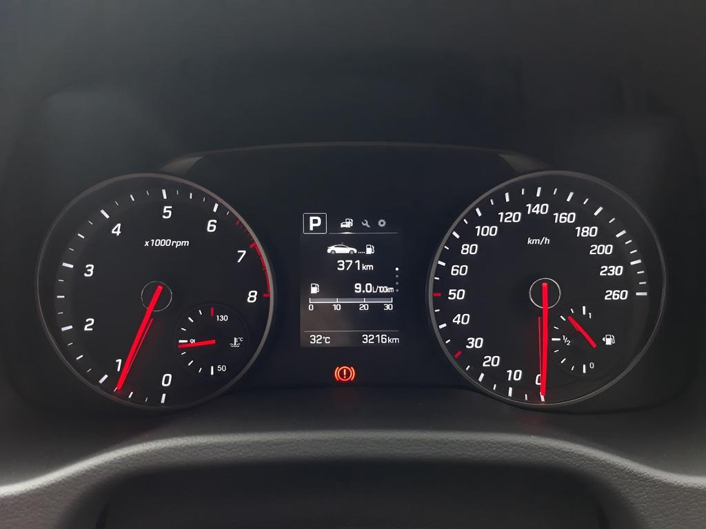 Hyundai Elantra review 11