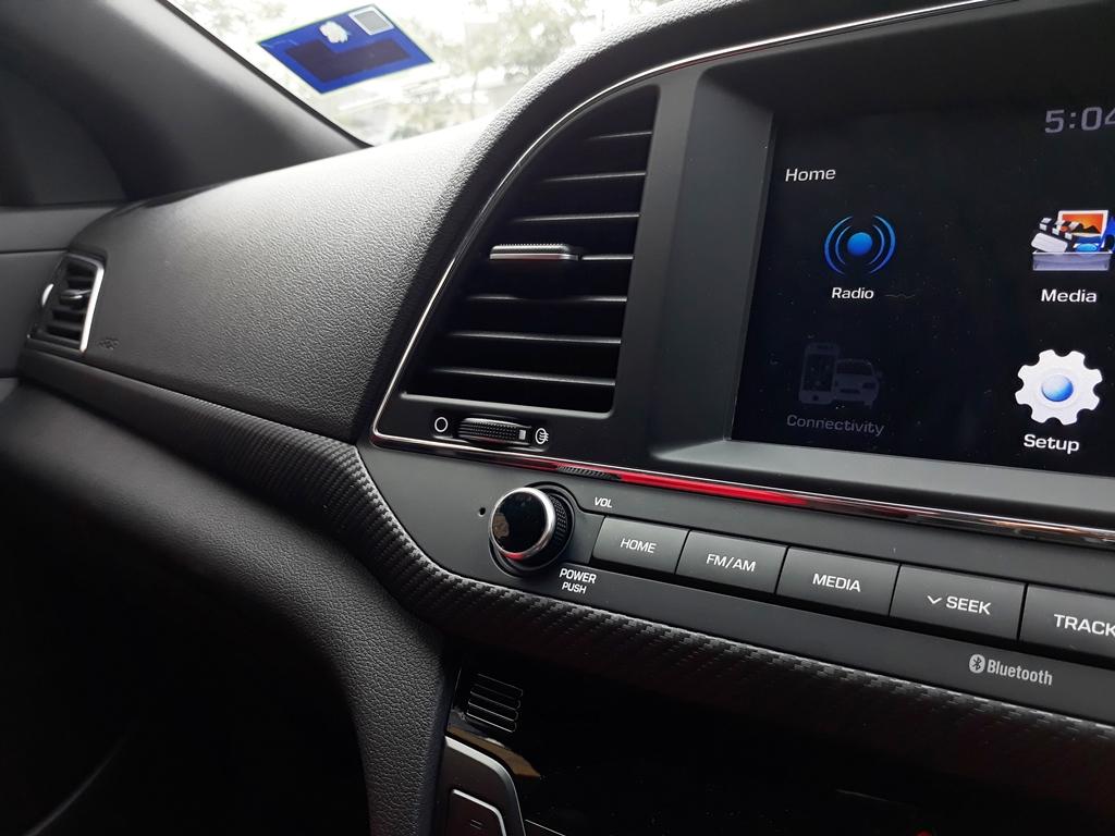 Hyundai Elantra review 13