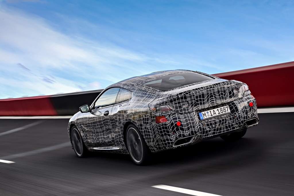 P90290767_highRes_bmw-8-series-coupe-p