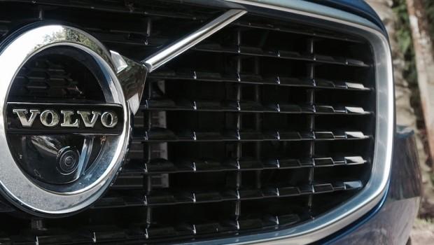 Volvo-S90-T6-R-Design-8-620x350