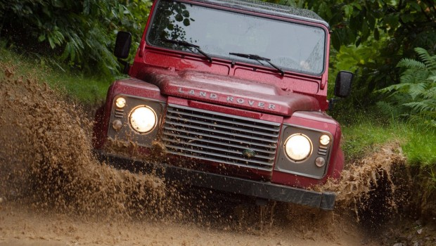 Land_Rover-Defender2-620x350