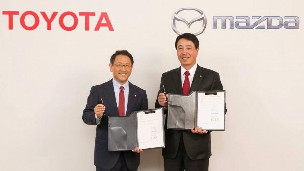 Toyota-Mazda2-620x350