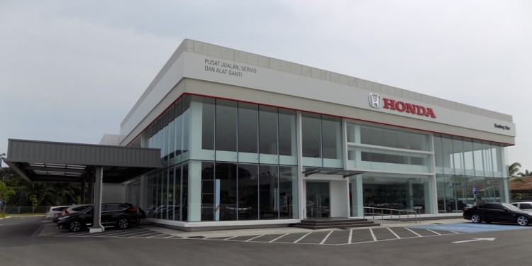 01 Honda Malaysia opens the first Honda 3S Centre in Banting Selangor