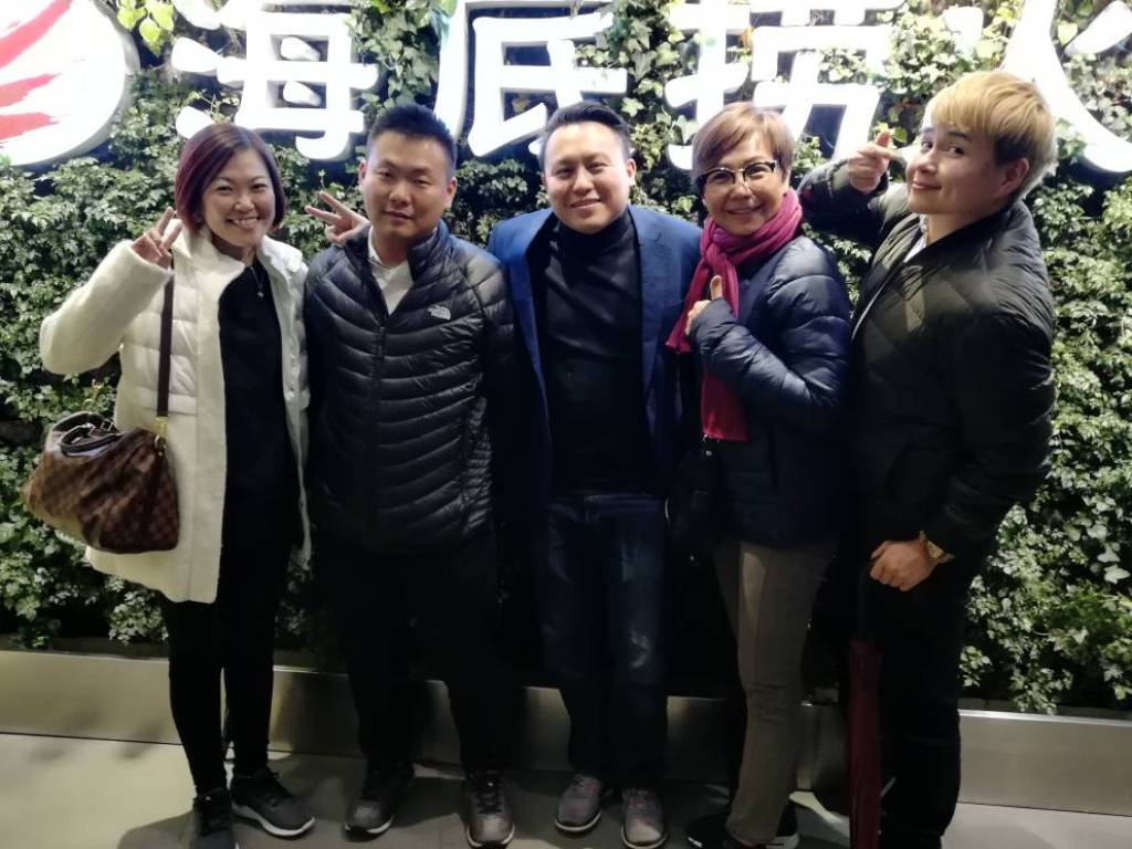 Dealers bonded with each other for the Geely dealers trip