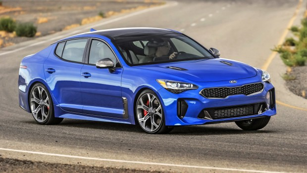 Kia-Stinger-motorweek-award-620x350