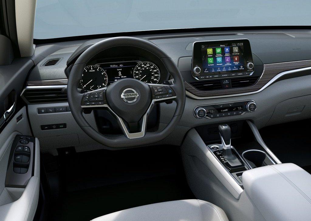Nissan-Altima-2019-1024-0b